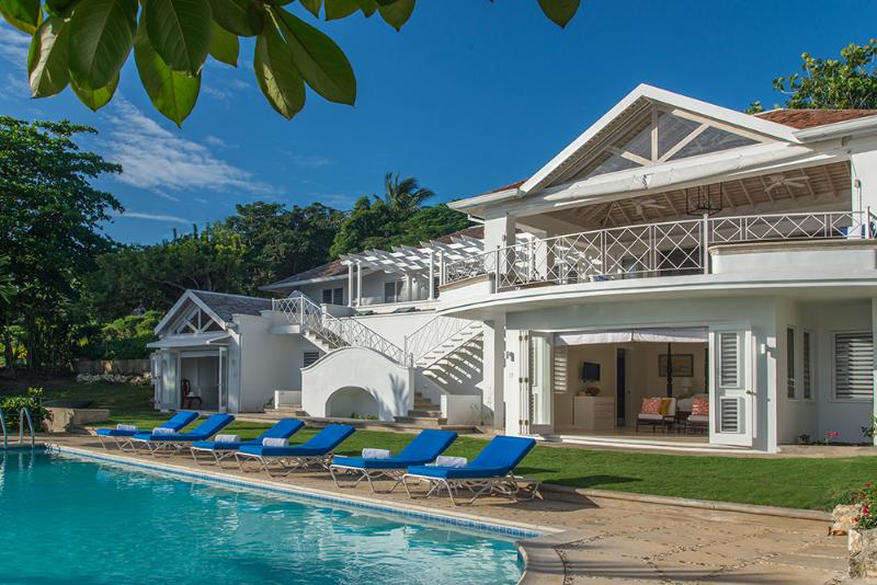 Ideal for Groups, Cook & Butler, Private Pool, Round Hill Resort Member (Incl. Golf Cart) - Image 1 - Montego Bay - rentals