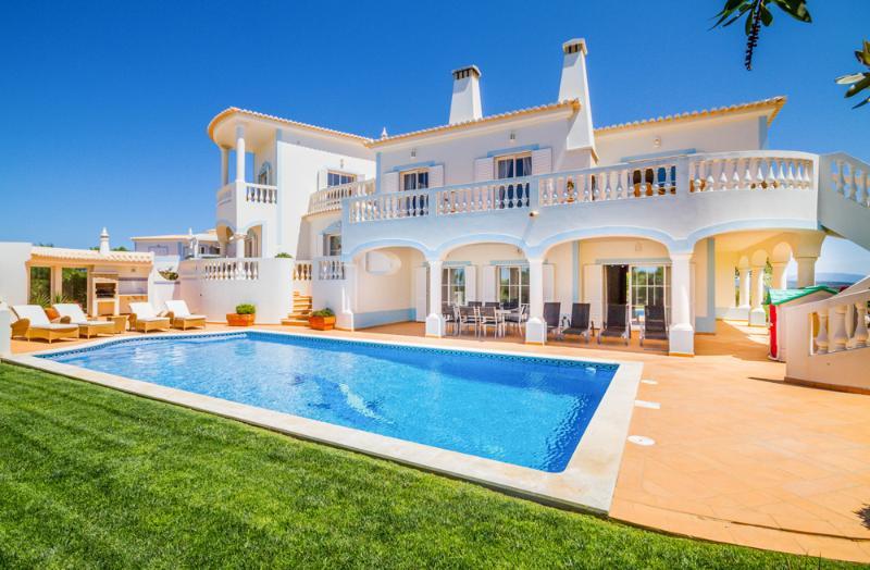 Villa Floresta - Image 1 - Algarve - rentals