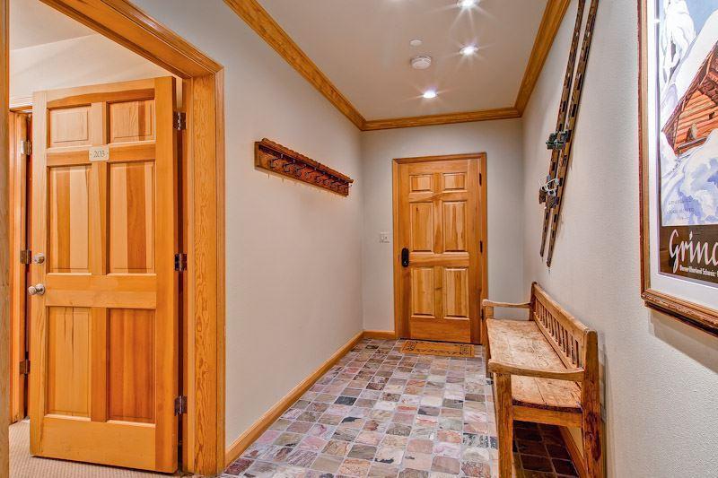 Highlands Lodge  203 - Image 1 - Beaver Creek - rentals