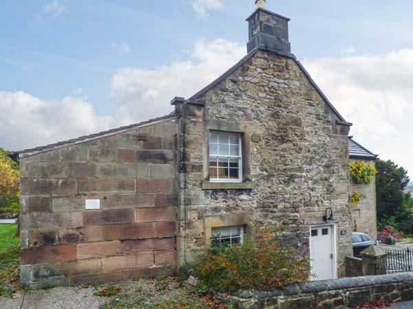 ROSE COTTAGE, Grade II listed cottage with WiFi, woodburner, patio, in Winster, Ref 918332 - Image 1 - Winster - rentals