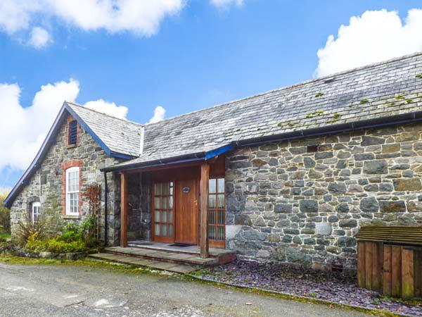 BRYNAFON COTTAGE all ground floor, pet-friendly, WiFi in Rhayader Ref 931163 - Image 1 - Rhayader - rentals