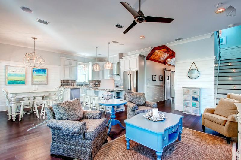 The open concept living space is perfect for family - there's a spot for everyone! - 5 min walk to beach, 1/2 block from pool, quiet, gated neighborhood & more! - Lotus By The Sea - Santa Rosa Beach - rentals