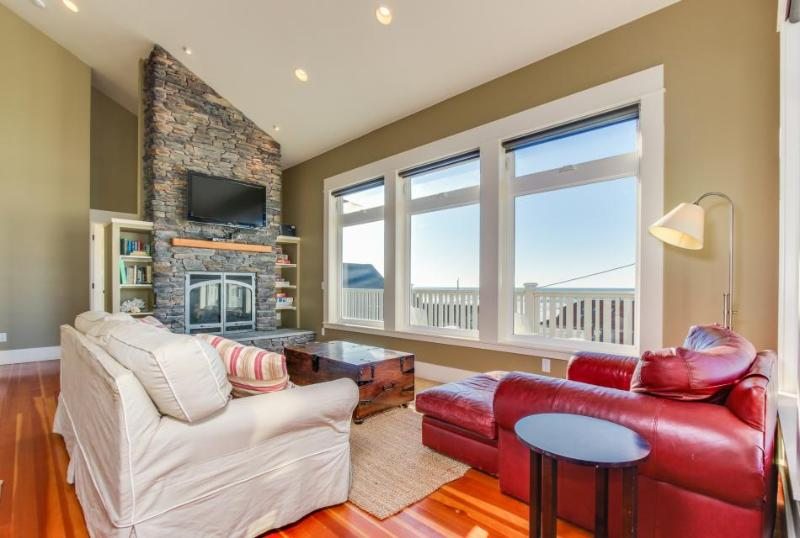 Perfect Family Getaway, Great Ocean View, Easy Beach Access! - Image 1 - Lincoln City - rentals