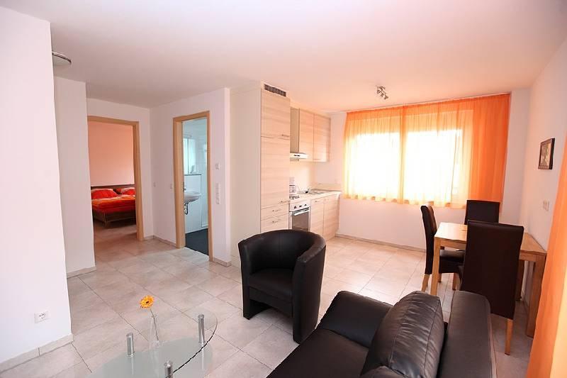 Vacation Apartment in Bad Urach - 484 sqft, 1 bedroom, max. 2 people (# 9168) #9168 - Vacation Apartment in Bad Urach - 484 sqft, 1 bedroom, max. 2 people (# 9168) - Bad Urach - rentals