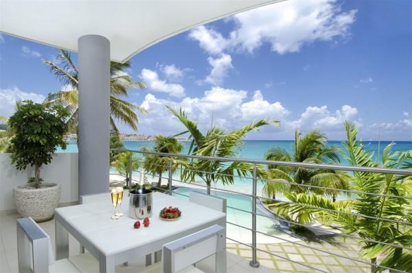 Luxury Apartment at Las Arenas on Simpson Bay Beach - Image 1 - Simpson Bay - rentals