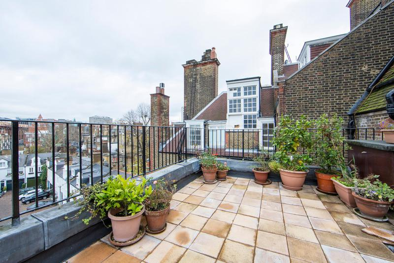 Quintessentially English two bedroom apartment just moments from Harrods with beautiful views and outside terrace. - Image 1 - London - rentals