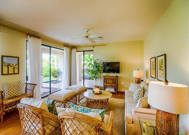 Living Area - Beautiful Lagoon Views from Spacious Lanai! Picturesque and Peaceful! - Waikoloa - rentals