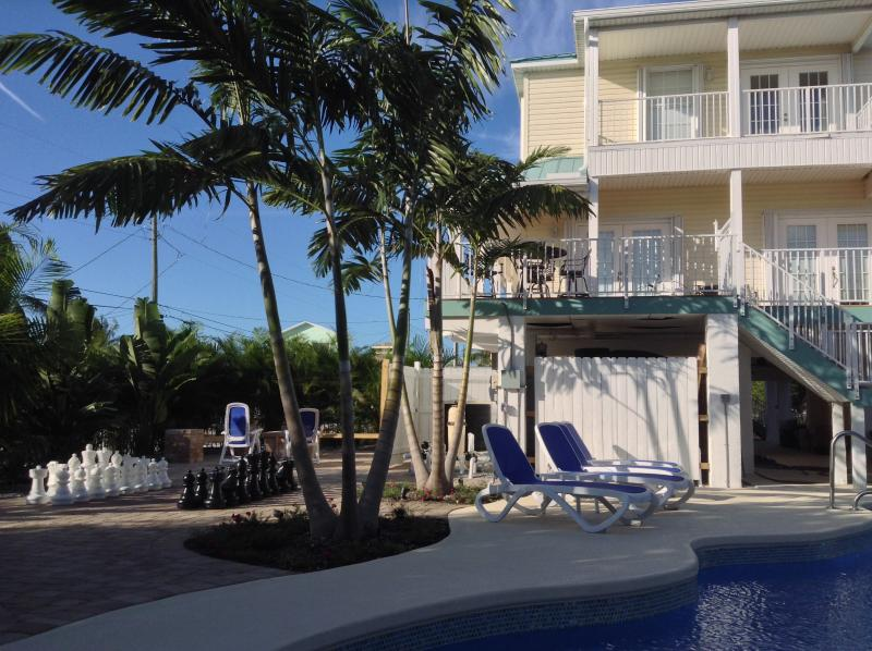 Dolphin Oasis - Dolphin Oasis 4bdr/4bth  Pool/hot tub 115' dockage - Marathon - rentals