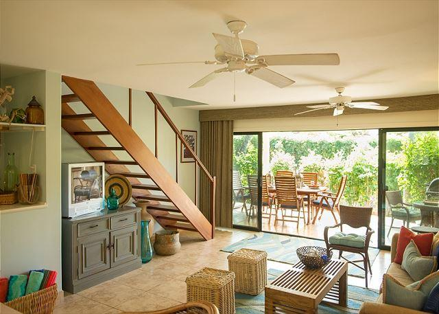 Living Room - The Perfect Tropical Get-Away in Wonderful Puamana - Lahaina - rentals