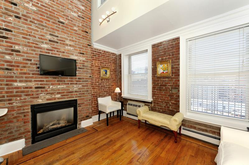 6 Bedroom 2 Bath - 2 Units Combined - Image 1 - New York City - rentals