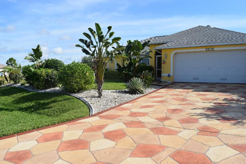 Entry of the home - Villa Erika - Cape Coral - rentals