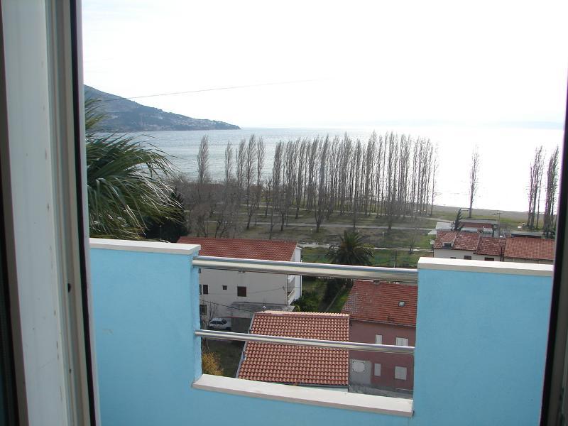 A2(2+2): terrace - 00209OMIS A2(2+2) - Omis - Central Dalmatia - rentals