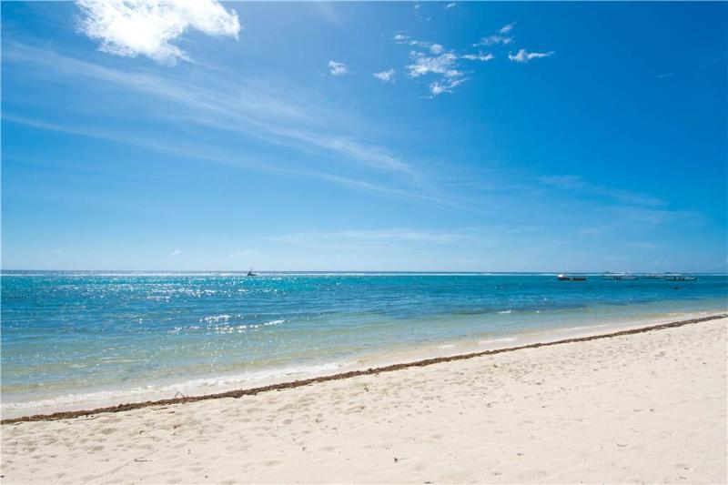 Caribbean Paradise #12 - Image 1 - Grand Cayman - rentals