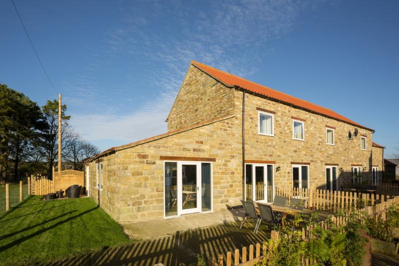Cowslip Cottage located in Harwood Dale, North Yorkshire - Image 1 - Staintondale - rentals