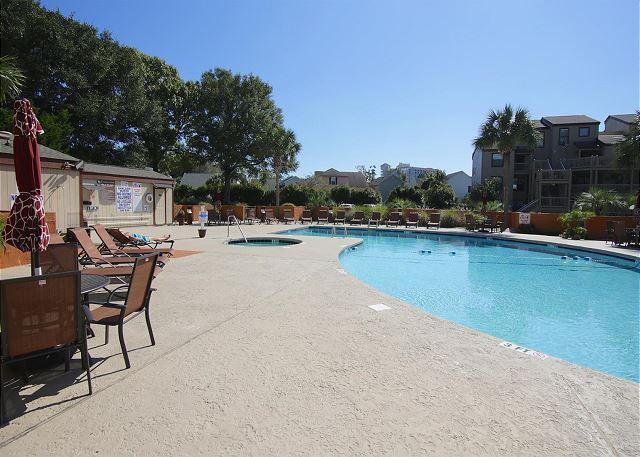 First Floor Updated 2 BR Condo with a Great View  #DPE5, Myrtle Beach, SC - Image 1 - Myrtle Beach - rentals