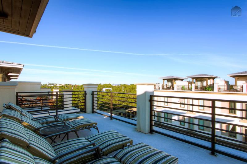 Stylish modern home with rooftop deck, walk to the beach! - Thirty Blu - Image 1 - Santa Rosa Beach - rentals