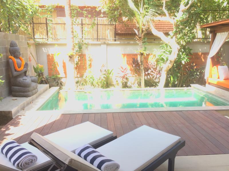 Mahs, modern spacious 2 bed beach villa, Seminyak - Image 1 - Seminyak - rentals