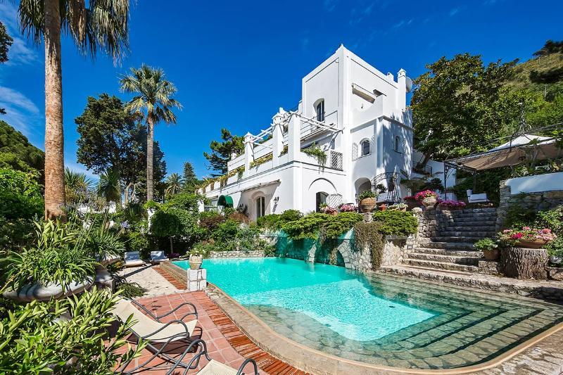Villa Le Scale, Sleeps 14 - Image 1 - Anacapri - rentals