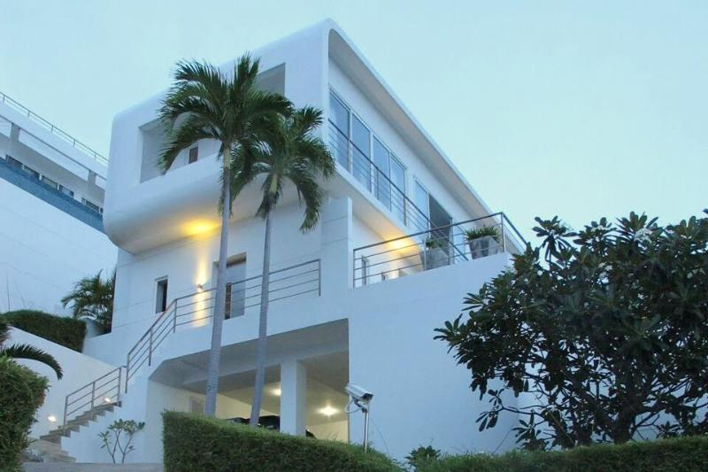 Villa 23 - Stay 7 nights and only pay for 6 - Image 1 - Bophut - rentals