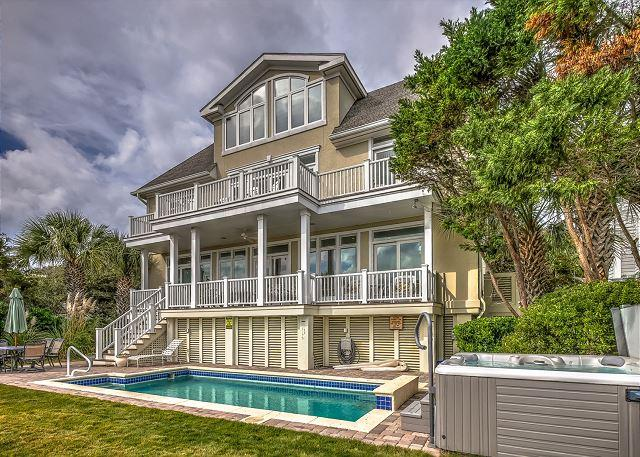Exterior - 6 bedroom, ocean front home located in North Forest Beach - Hilton Head - rentals