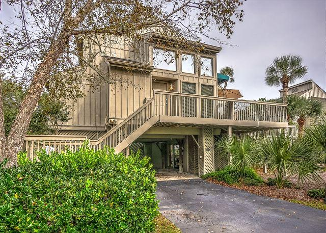 Exterior - 107 Oceanwood-Pretty 3 Bedroom Home-Oceanfront Pool - Hilton Head - rentals