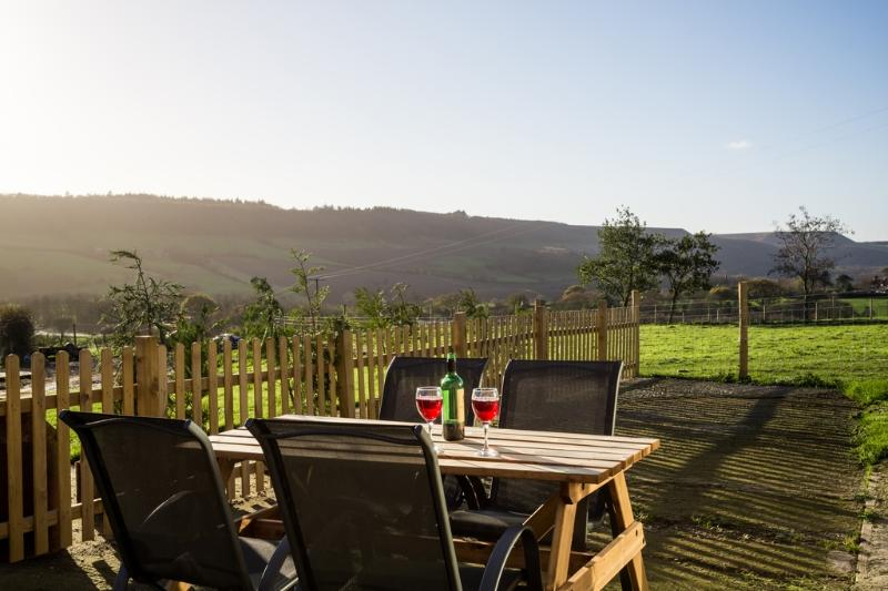Foxglove Cottage located in Harwood Dale, North Yorkshire - Image 1 - Staintondale - rentals