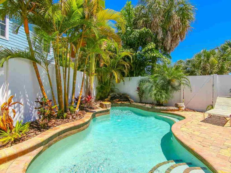 Pool 1 - ANCHORS AWAY - Holmes Beach - rentals