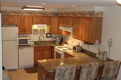 3BR Multi-level condo with balcony, King bed - A3 308A - Image 1 - Lincoln - rentals