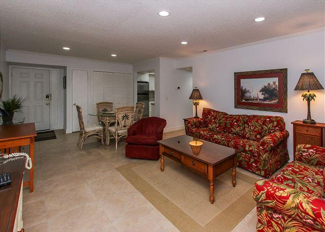 Living Area - 1693 Bluff Villa - Wonderfully updated 1 bedroom South Beach villa! - Hilton Head - rentals