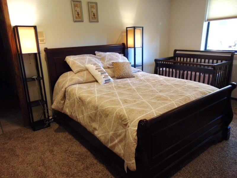 Private, comfortable apartment close to ski areas - Image 1 - Salt Lake City - rentals