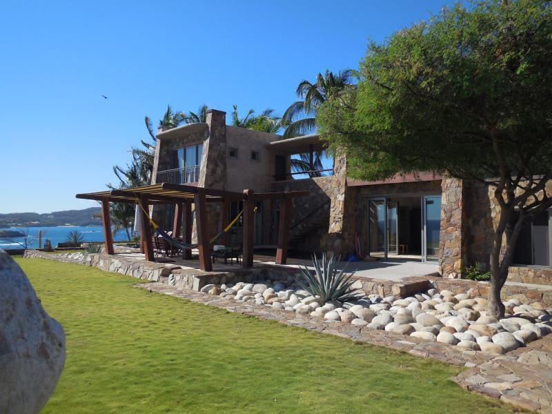 punta paita - Punta Paita - 5 star Oceanfront Brand new Villa - Huatulco - rentals