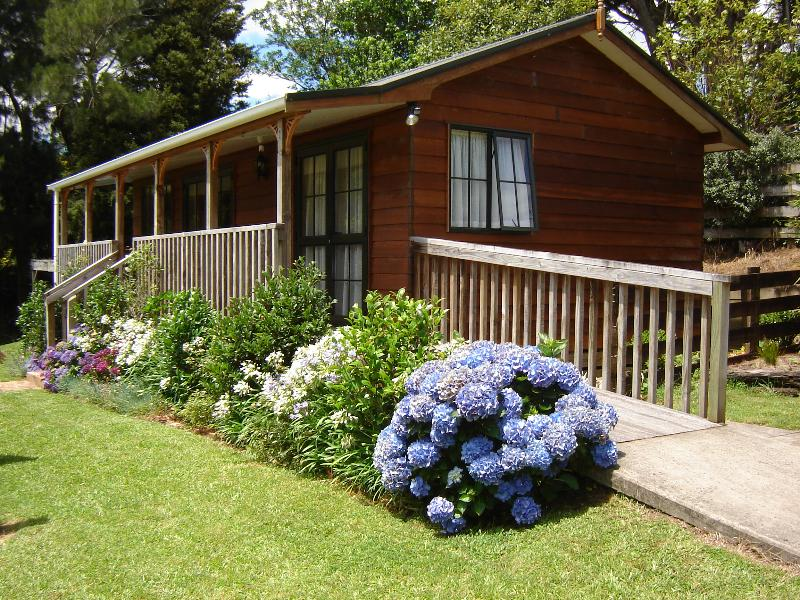 Karangahake Cottage - Karangahake Gold 'n Views Cottage - Coromandel - rentals