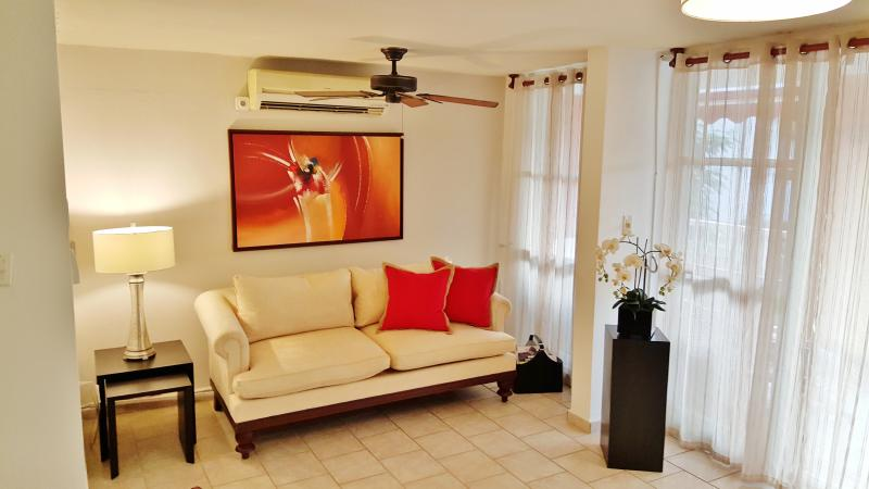 Luxurious Living Room - Free WIFI, Ocean View King Size Bed Malibu Beach R - Loiza - rentals