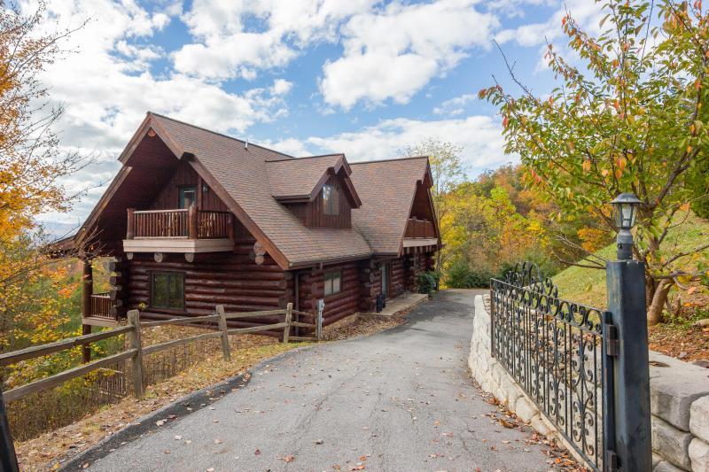 """Secure entrance gate! - July 1-8 Open! """"Great Alpine""""~ Huge 6 BR Log Cabin, Direct Mountain Views, Pools - Gatlinburg - rentals"""