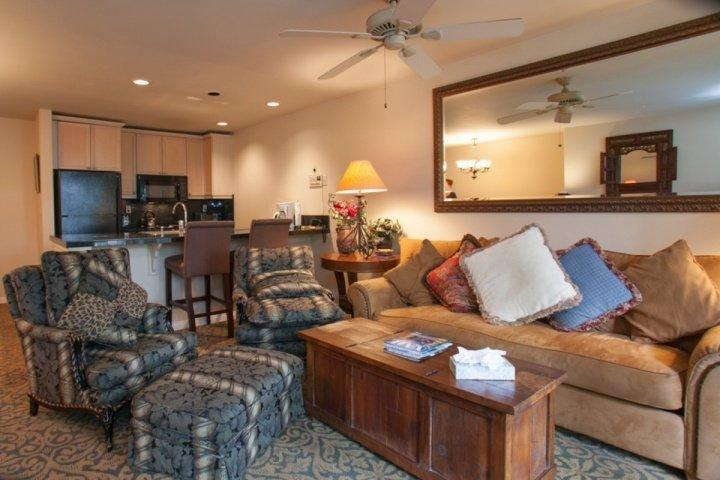 The comfort of plush seating for 6, is a great place to put up your feet at the end of an epic powder day. - 2 King Suites~ Large Balcony~ Vail Mountain Views~ Epic Family Fun with Indoor Pool and Hot Tubs! - Vail - rentals