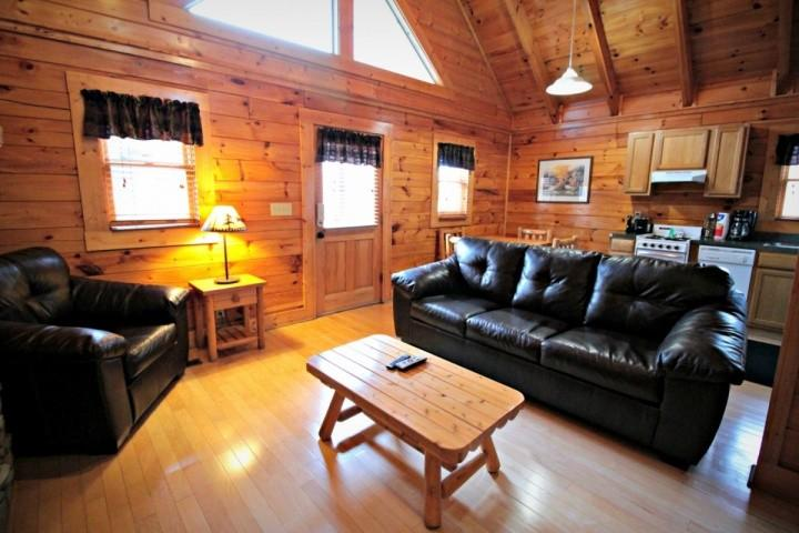 Welcome to Little Bear, a cozy two bedroom cabin in the heart of Pigeon Forge! - Little Bear ~ 2BR/2BA Great Location! Cozy Log Cabin -  Heart of Pigeon Forge! - Pigeon Forge - rentals