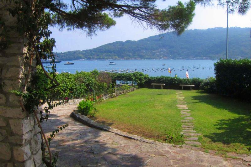 Villa Miranda - 10 mt from the shore - Top Water Front Villa 10 mt from the shore - Portovenere - rentals