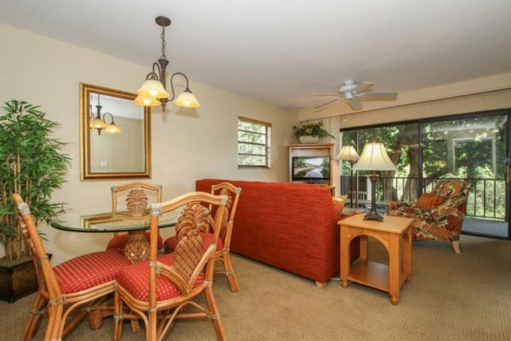 Professionally decorated living room/dining room w/glass sliding doors to balcony w/lake view - PARK.SHORE RESORT 2nd Flr., End Unit w/tranquil Lake Views- West of Hwy 41 - Naples - rentals