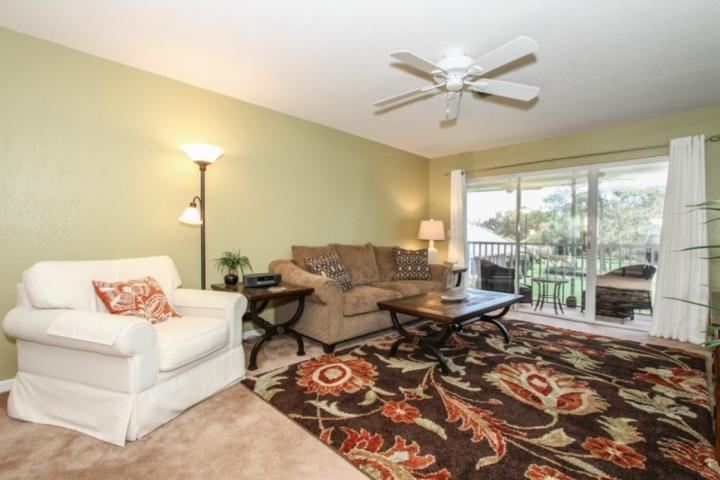 Bright & colorfully decorated living room - Trafalgar Square at Berkshire Village 2 BR/2 BA Hidden Oasis w/Canal Views from - Naples - rentals