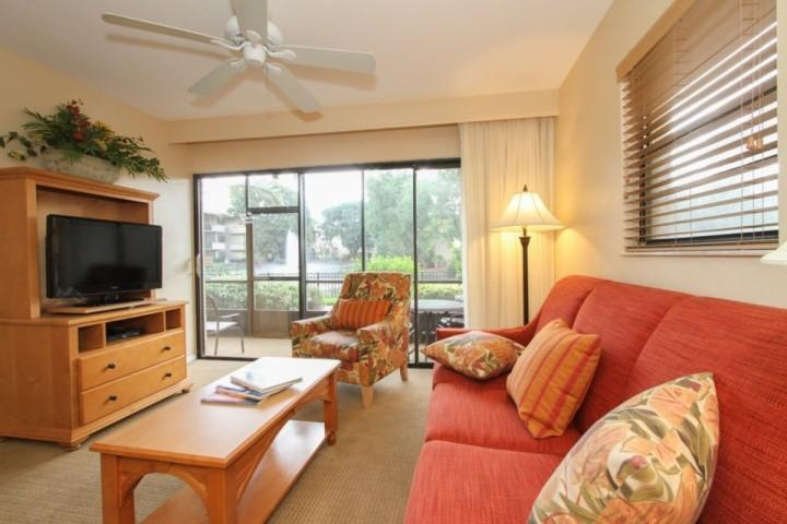 Location, Location, Location......1st floor, south facing, end unit with unbeatable view!!!  No steps or need for elevator! - Park Shore Resort, 2BR/2BA,1st Flr., End Unit, Bldg.I - Naples - rentals