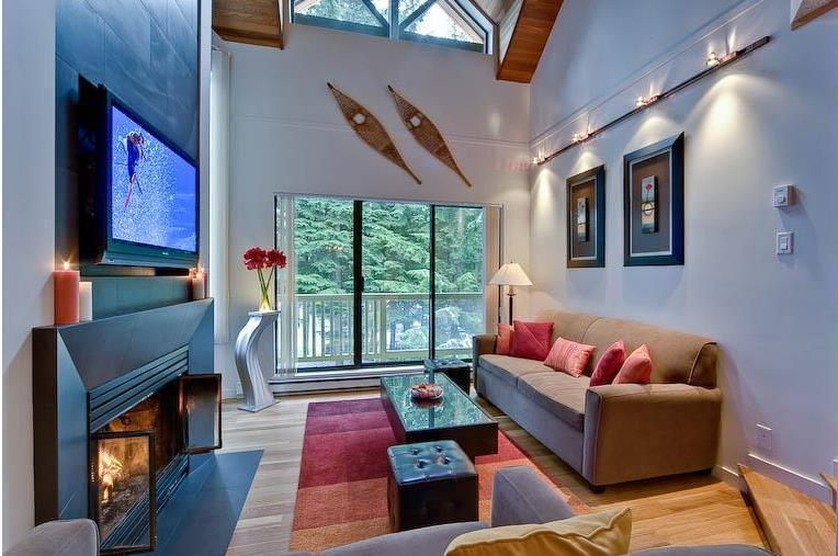 'Gables' Modern & Luxurious 3BR / Amazing Location! - Image 1 - Whistler - rentals