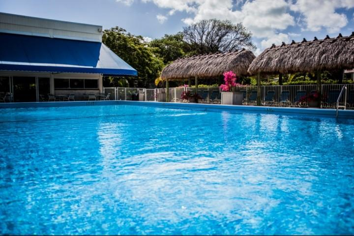 View of the pool in Executive Bay. - **Fall Promo** Gorgeous, Newly Renovated Executive Bay Condo - Families & Snowbird Welcome! - Islamorada - rentals