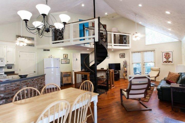 The Great Room-Kitchen/Dining for 6/Den - 4 Blocks to The Beach! Legendary Shell Station House - Folly Beach - rentals