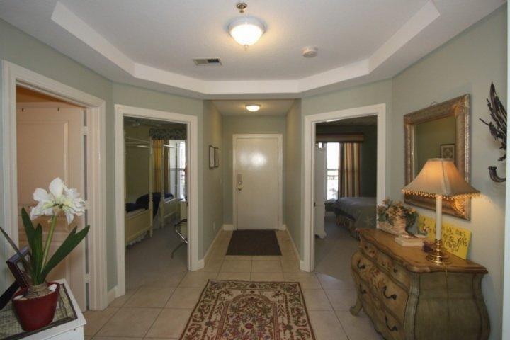 Welcoming Foyer - STUNNING 3BR 3BA Condo w/Pool Overlooking IOP Middle Beach and Atlantic Ocean-OCEANFRONT LUXURY - Isle of Palms - rentals