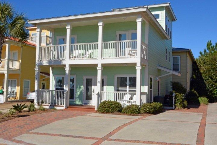 Sunny Sambuca with Balconies to enjoy quiet mornings.  Within 100 yards to the Beach! - Stylish 30A Family Beach Home! Heated Community Pool - Santa Rosa Beach - rentals