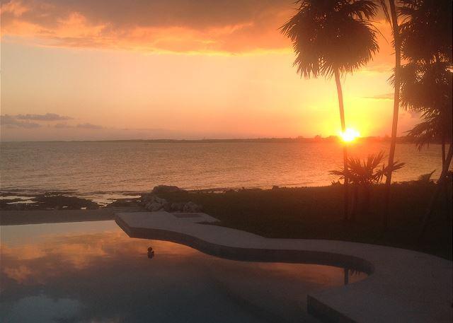 Brand new luxury villa in Tankah (nr Tulum). 3 bedrooms, beach front pool. - Image 1 - Tankah - rentals