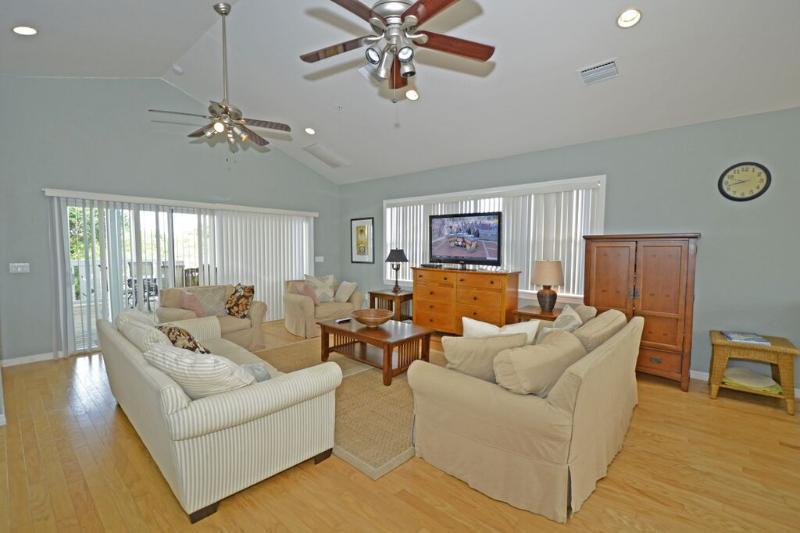 "Beach House in Paradise ""Shore to Please"" - Image 1 - Captiva Island - rentals"