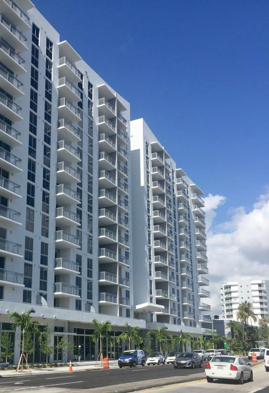 MIAMI - Coconut Grove 3BR Furnished Suites near Downtown - Image 1 - Miami - rentals
