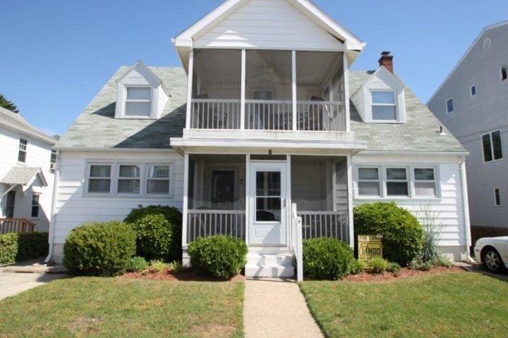 7 Hickman St. Rehoboth Beach, Ocean Block - Spacious Ocean Block Home Sleeping Up to 17 - Magnolia - rentals