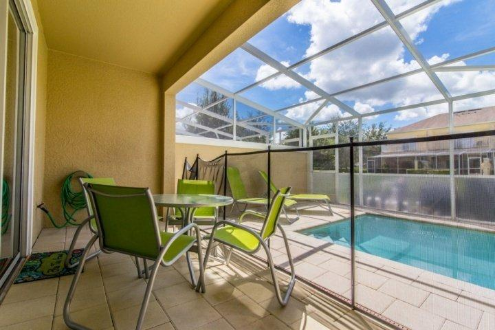 Private Lanai w/Splash Pool, Seating for 4 & Two Sun Loungers - 17530 Dream - Clermont - rentals